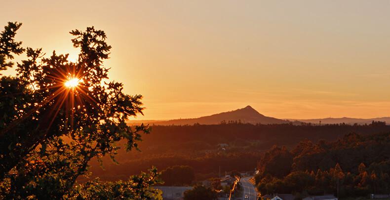 pico sacro puesta de sol desde Castro de Santa Mariña en Castrovite