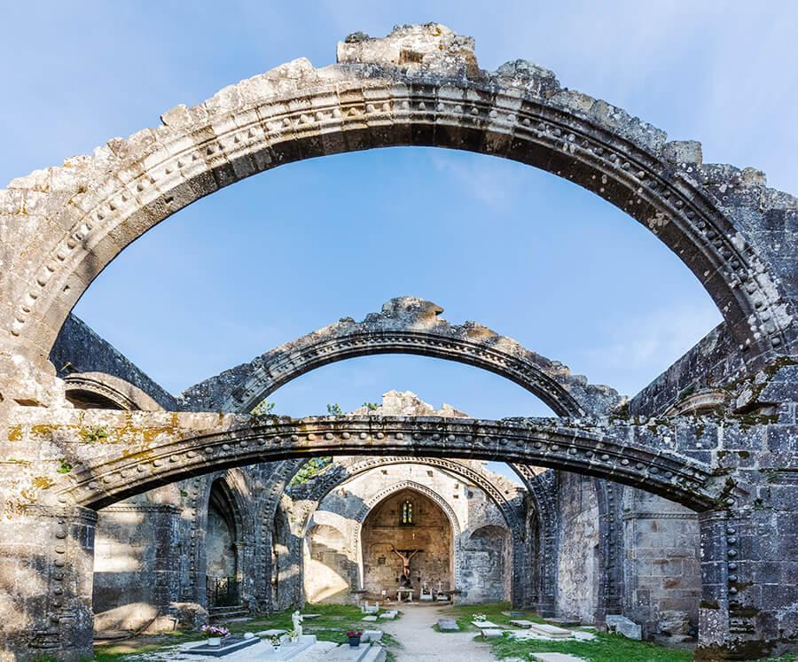 Cambados qué ver Ruinas de Santa Mariña de Dozo