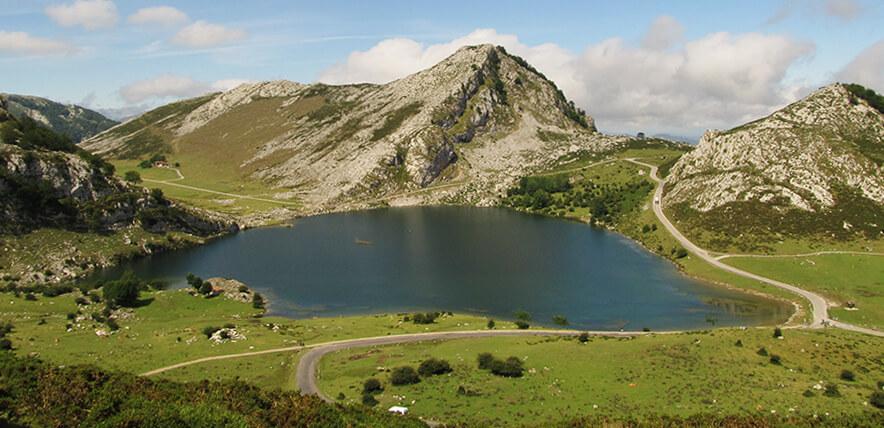 lagos de Covadionga Cangas de Onís