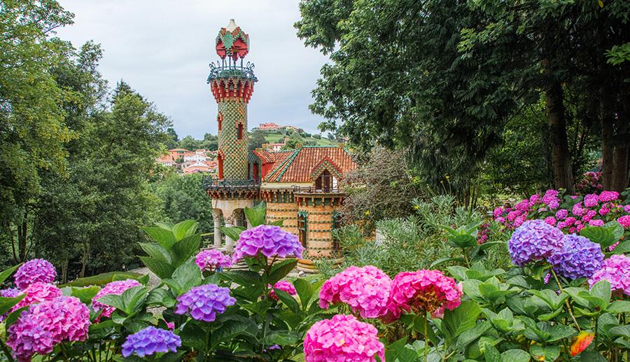 Comillas qué ver Capricho de Gaudi