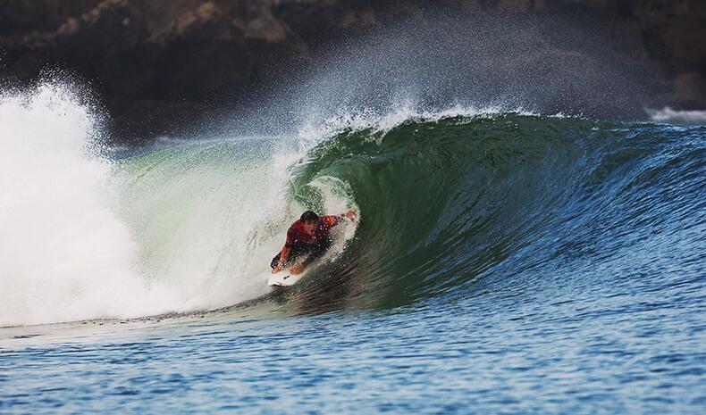 ola izquierda de Mundaka