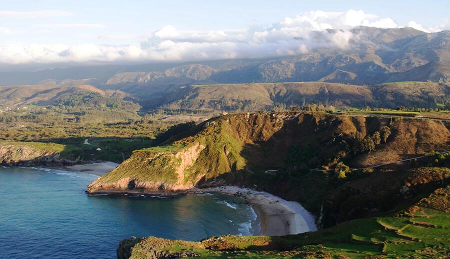 mejores playas de Asturias playa de Andrin Llanes