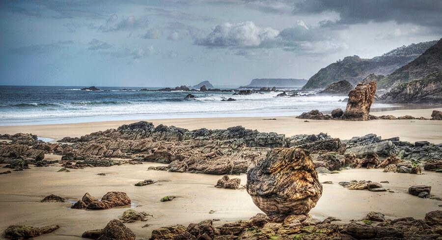 playa del Aguilar Asturias Muros de Nalón