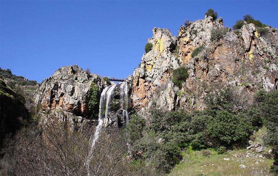 cascata de agua alta Arribes del Duero Portugal