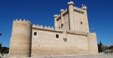 castillo de fuensaldaña en Valladolid