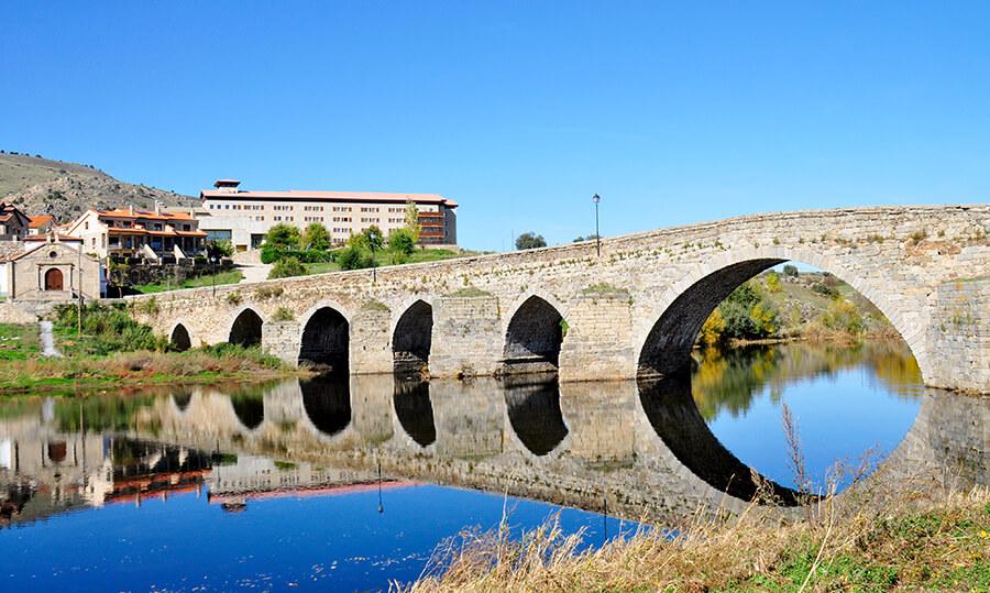Puente Medieval del Barco de Ávila
