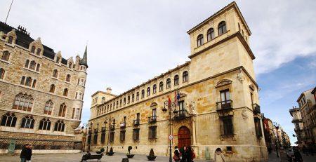 Palacio de Los Guzmanes que ver en León