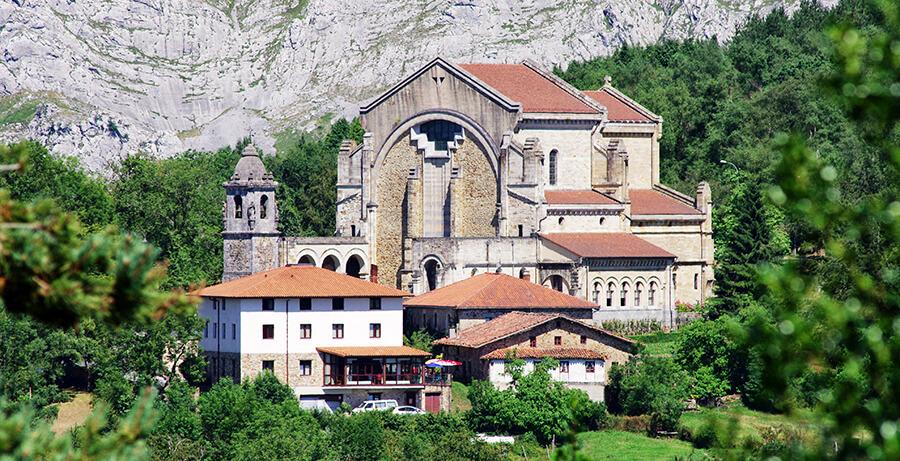 Santuario de Urkiola que ver en Bizkaia