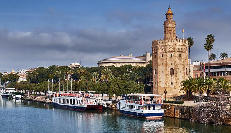 Torre del Oro en Sevilla por Ángel del los Ríos (Flickr)