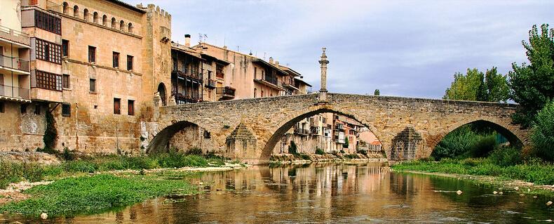 valderrobres puente y portal de san roque