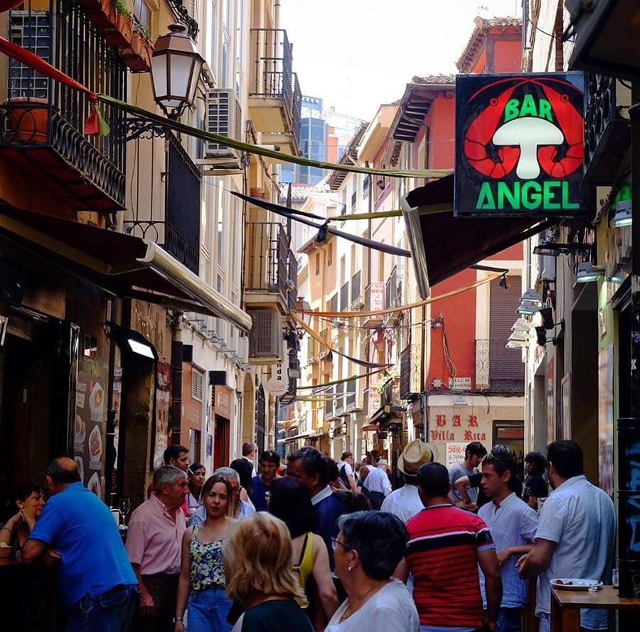 calle Laurel de Logroño guía bares
