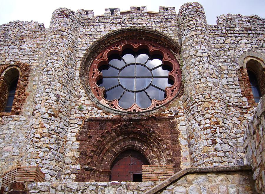 castillo de Calatrava La Nueva rosetón gótico