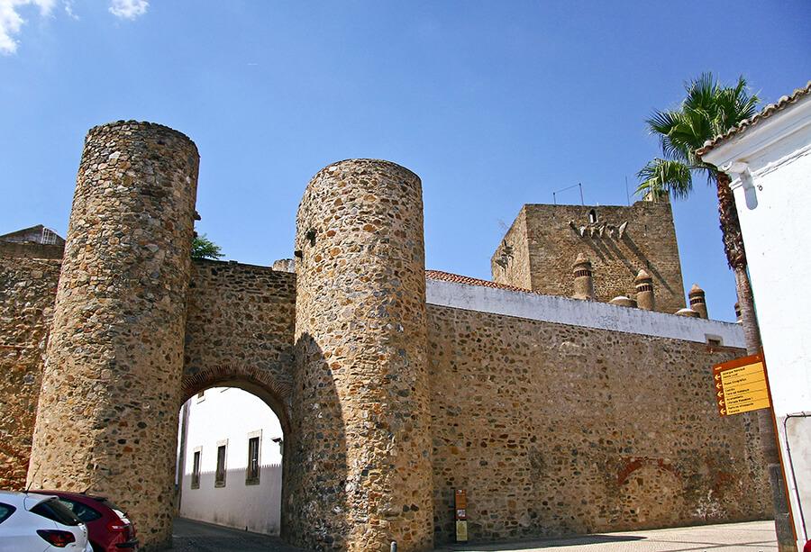 puerta de Alconchel de Olivenza en Badajoz
